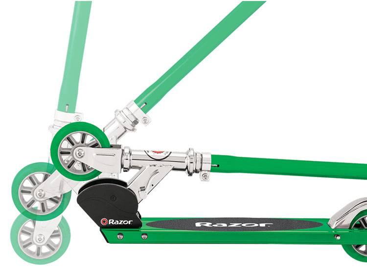 RAZOR Razor S Scooter Grün 6+