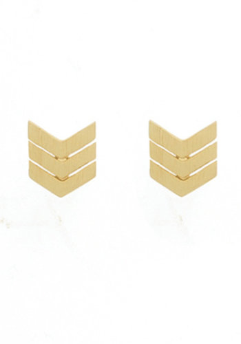 timi of Sweden I Arrow tail earrings I Gold