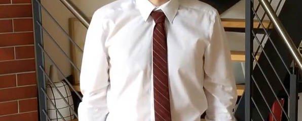 """Krawattenknoten: Der """"Petit Noeud"""""""