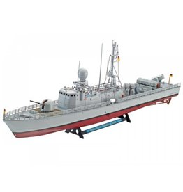 Revell REVELL FAST ATTACK BOAT GEPARD-KLASSE 143A 1/144