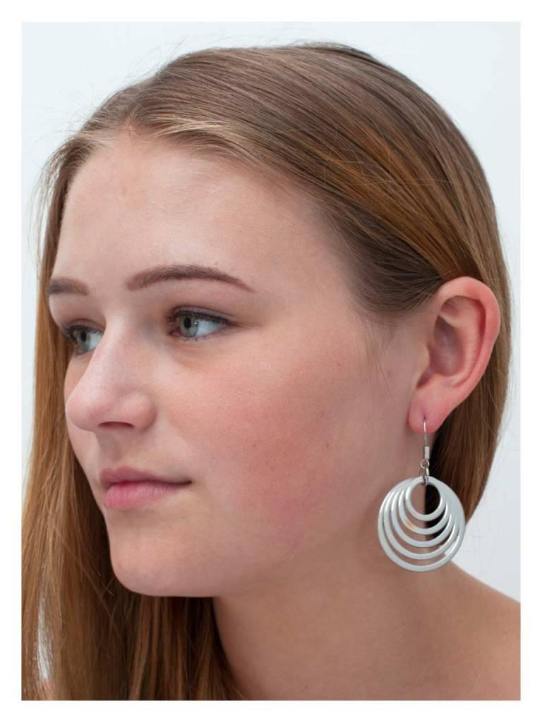 Earring Wakefield