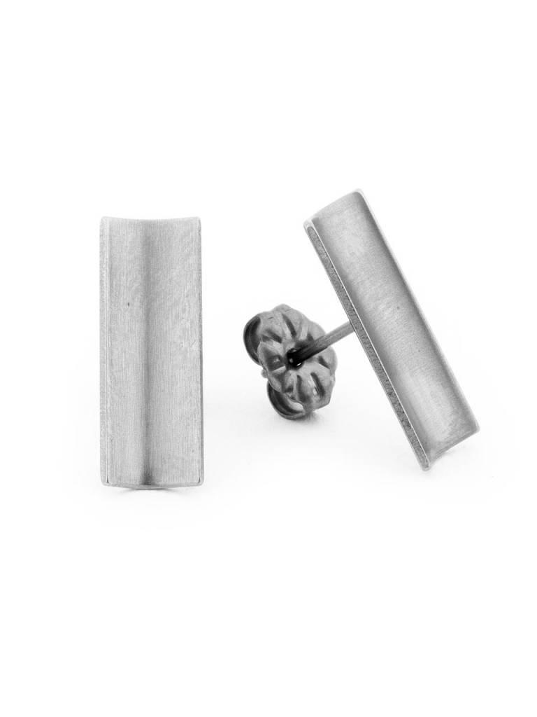 Titanium Oorknop Barmera