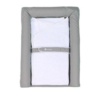 Candide Luxe aankleedkussen met een zachte badhanddoek