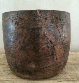 Wooden pot