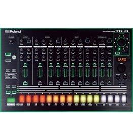 ROLAND TR-8 TR8 Rhythm Performer drumcomputer