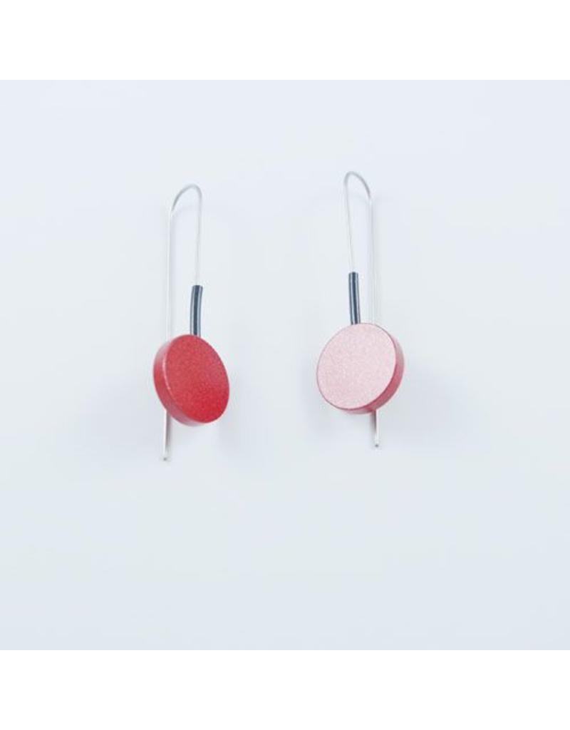 Modern Earrings Metalic Red