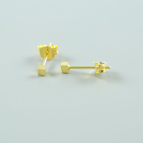 LAVI Golden Block Earrings