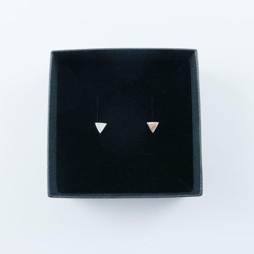 LAVI Echt Zilveren Driehoek Oorknoppen
