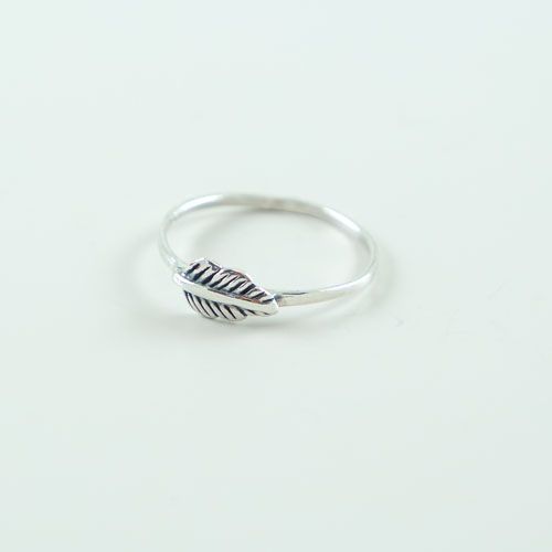 LAVI Oxidized Feather Ring - Copy
