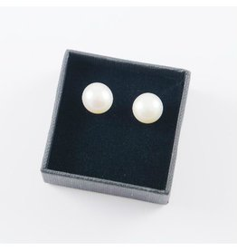 LAVI Freshwater Pearl Earring Studs 9mm
