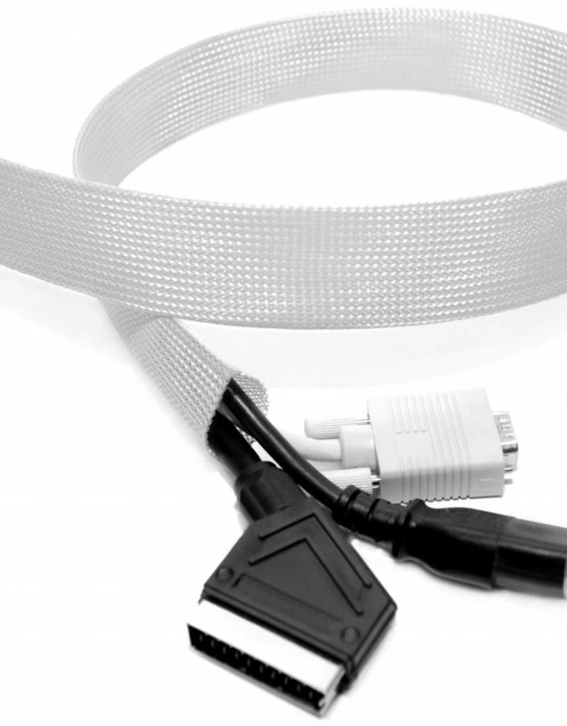 """Handig! Alle kabels verbergen in een kabelsok. Voor een """"kabelloos"""" resultaat!"""