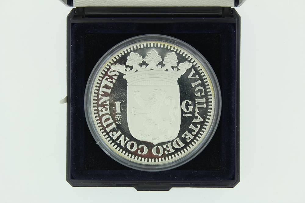silver replica 1680 guilder