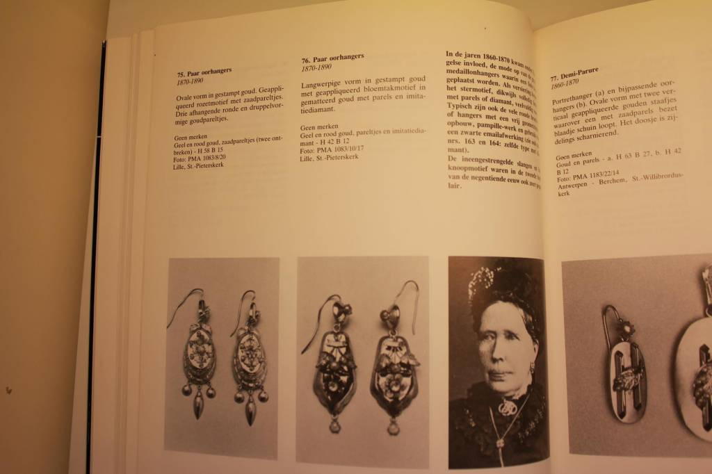 14k antieke oorhangers ca 1890 met parel
