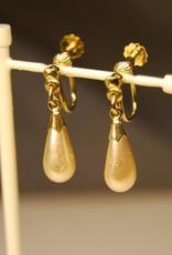 Vintage 14k geelgouden oorhangers met Majorica parel