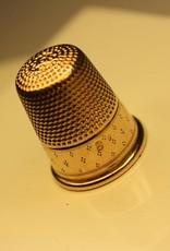 14 carat gold antique Dutch thimble