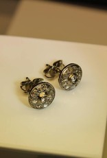 14 carat whitegold ear studs with diamond in Art Deco style