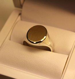Zilver met gouden herenring ovaal 16x13mm