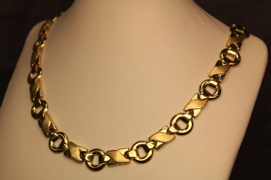 14 carat yellowgold flat necklace