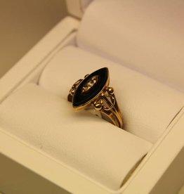 14 carat gold antique ring onyx and diamond 1853-1906