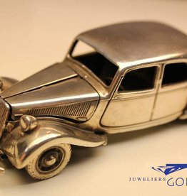 Silver Citroën Avant Traction miniature