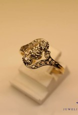 18 carat gold antique ring with diamonds