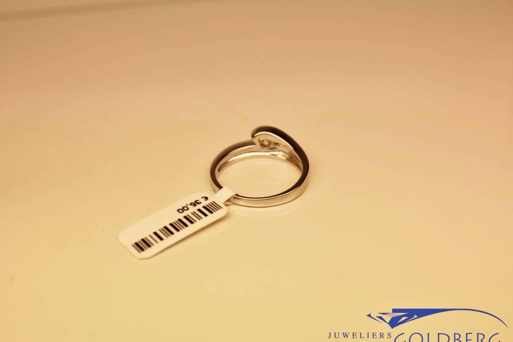 Silver fantasy solitair ring with zirconia