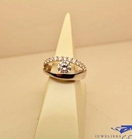 Zilveren robuuste ring met zirconia's
