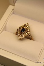 18 carat gold art deco ring with diamonds and sapphire France
