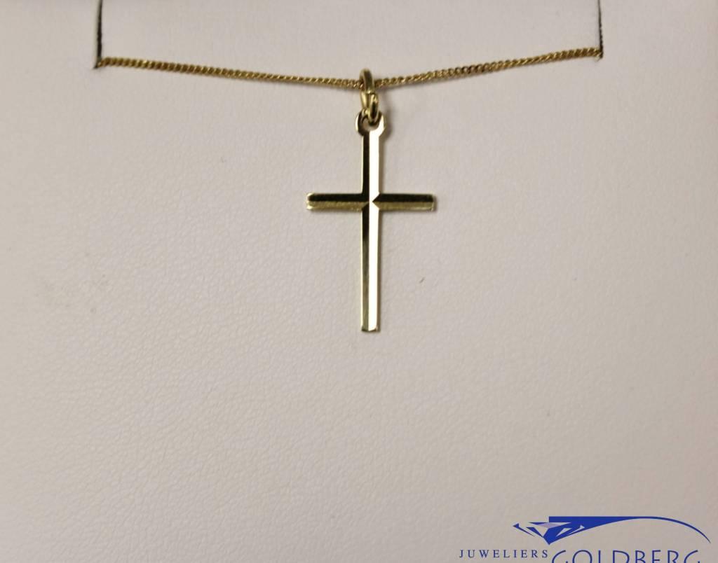 Fijn 14k gouden hanger kruisje