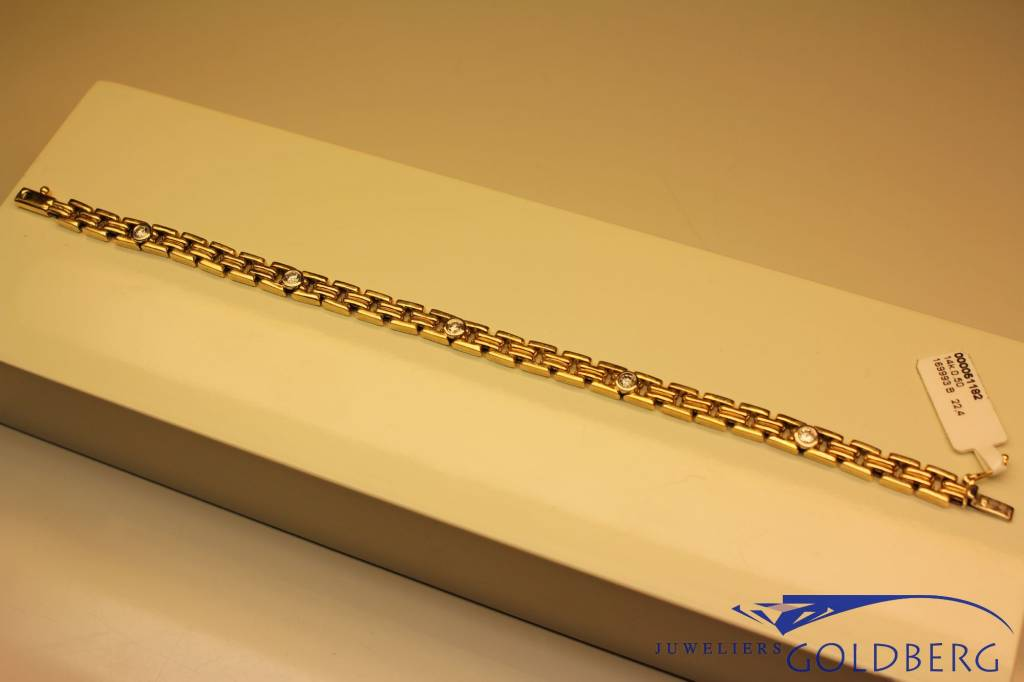 14 carat gold fantasy bracelet with 5x 0.10ct diamonds