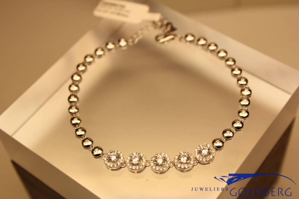 silver bracelet set with zirconia, classic