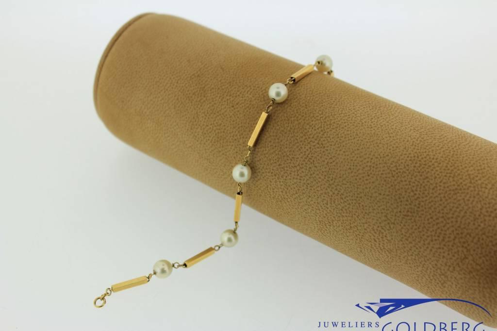 Vintage 18 carat gold bracelet with pearls