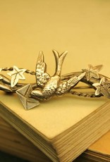 Late victorian silver brooch of bird carrying a letter