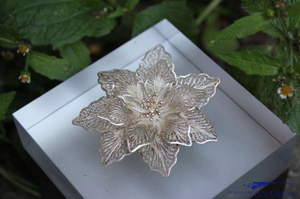 Vintage zilveren bloem broche