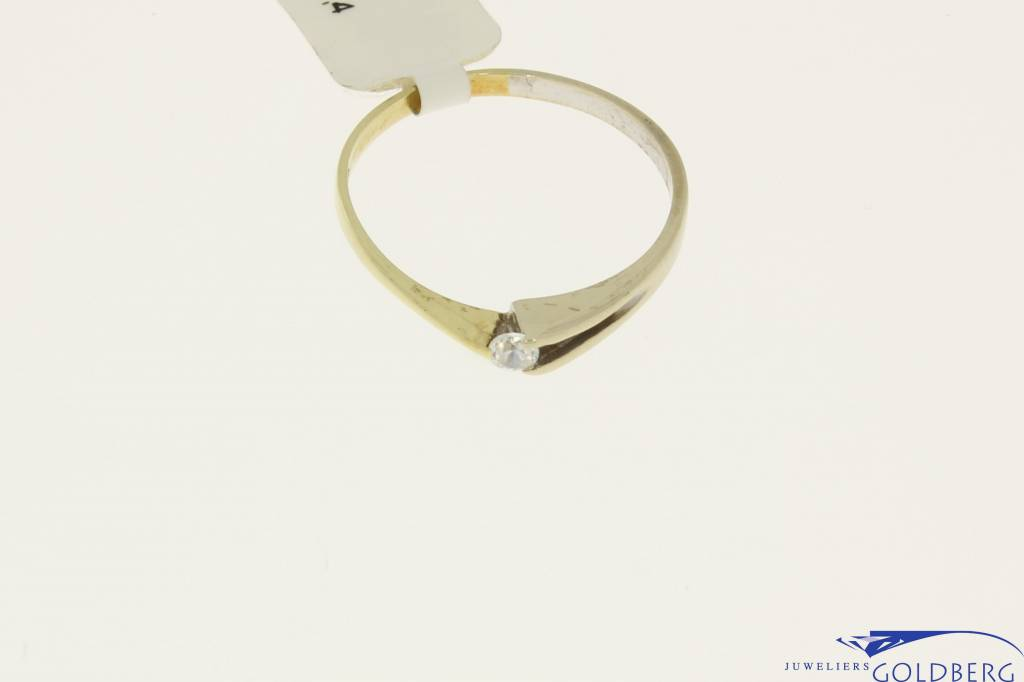 Vintage 14 carat bicolor gold solitaire ring with zirconia