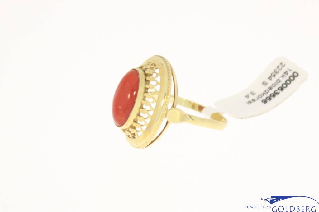 vintage 14k gold ring red coral 12x6,5mm