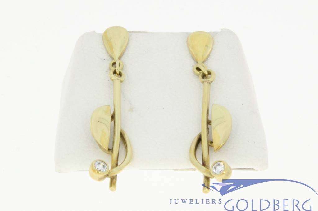 design vintage 14k gold earstuds with zirconia