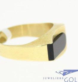 moderne vintage 14k gouden ring met zwarte onyx