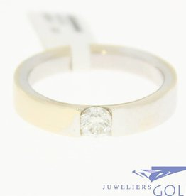 vintage 18k gold ring with brilliant cut diamond