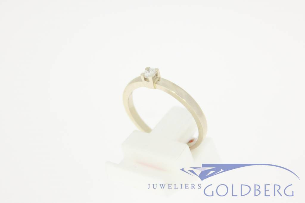 14 carat white gold solitaire ring 0.10ct diamond