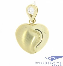 Vintage 14 carat gold edited heart-shaped pendant with zirconia