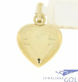 Simple vintage 14 carat gold heart-shaped pendant
