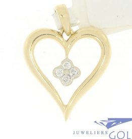 Vintage 14 carat gold open heart-shaped pendant with ca. 0.07ct brilliant cut diamond