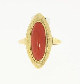 Vintage 14k gouden ring met langwerpige bloedkoraal