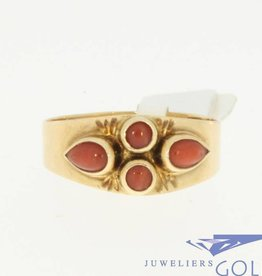 vintage 14k gouden ring met 4 bloedkoralen