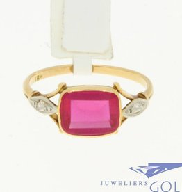 Vintage 18k bicolor gold ring with synthetic beryl and diamonds