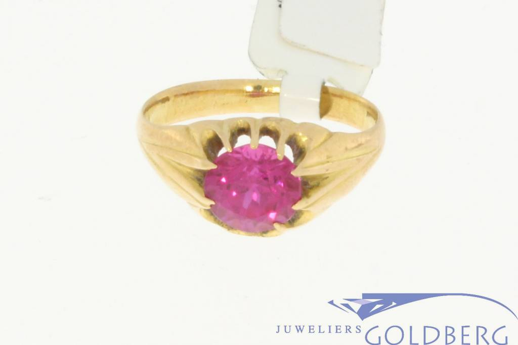 vintage 18k gold ring with a pink spinel - Goldberg