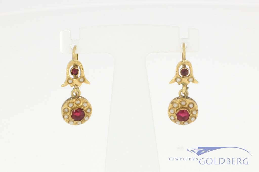 Antique 18k gold earrings with stone pearls