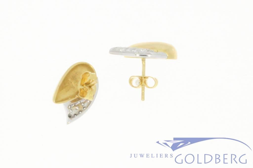 Vintage 18 carat bicolor earrings with approx. 0.30 carat diamond