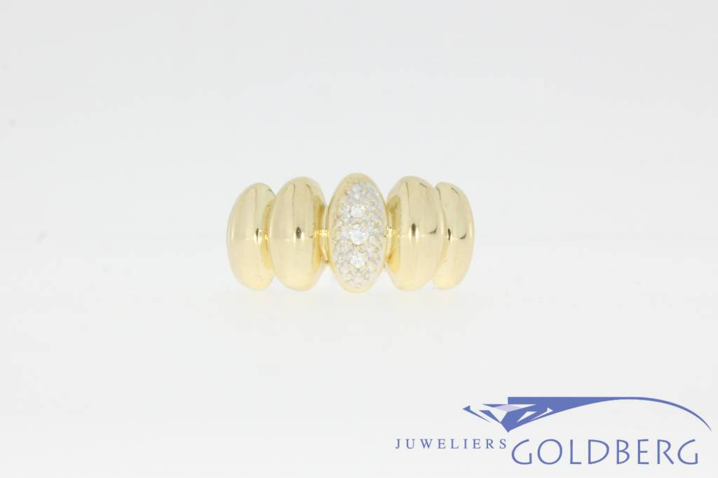 Unique 14 carat gold vintage ring with approx. 0.06c brilliant cut diamond